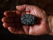 Угольные профсоюзы потребовали выплатить зарплаты и повысить тарифные ставки