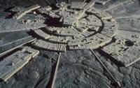На обратной стороне Луны уфологи нашли парковку инопланетян