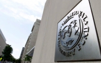 Украина не может поднимать минимальную зарплату, - МВФ