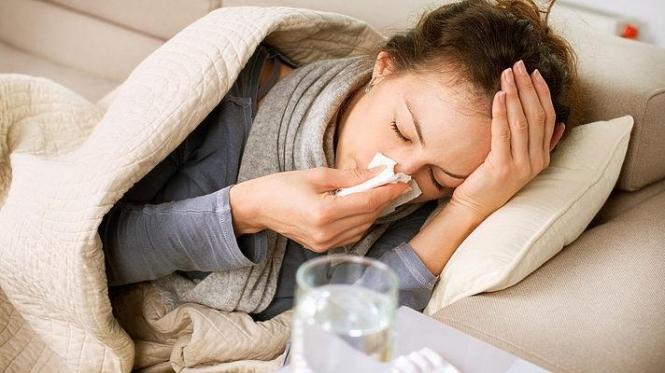Количество больных гриппом в Украине превысило эпидпорог на треть, - МОЗ
