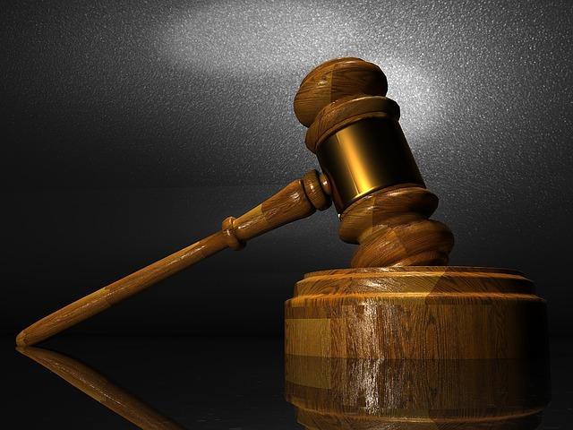 У процесі в справі ДТП урядового лімузина є 44 свідки
