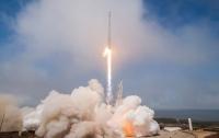 SpaceX успешно вывела на орбиту телекоммуникационный спутник