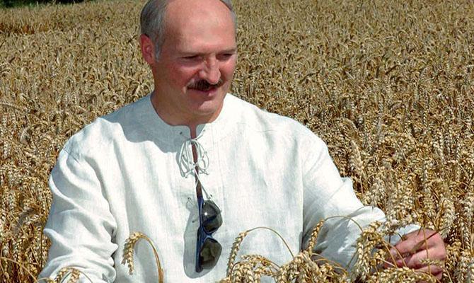 Лукашенко сменил все руководство правительства