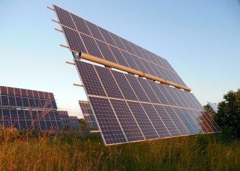 Канадська TIU планує вкласти EUR94 млн у будівництво пяти сонячних електростанцій в Україні