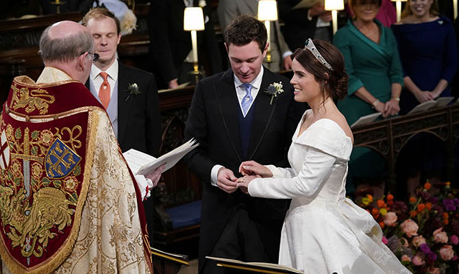 Британская принцесса вышла замуж за бывшего официанта