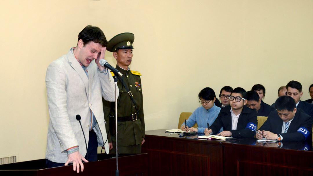Умер американский студент после 17 месяцев заключения в КНДР