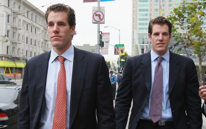 Братья Уинклвосс потеряли на падении стоимости биткоина $600 млн