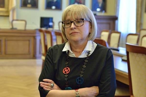 Ректор НМУ им.Богомольца возложила ответственность за своевременное проведение экзаменов на Минздрав