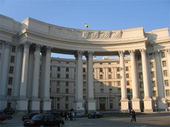 Граждане Украины с 1 мая смогут путешествовать в провинцию Китая Хайнань без виз