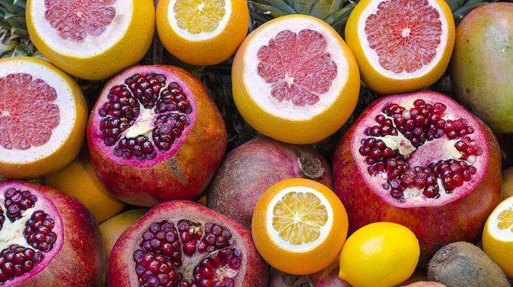 Зима 2018: чем опасно поедание фруктов