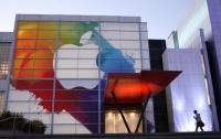 Школьнику, фанату Apple, предъявлены криминальные обвинения после взлома серверов компании