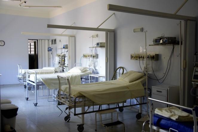 У лікарні в Ольштині громадянин України вчинив самозгубу