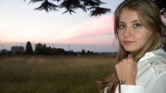 В Италии нашли повешенной 19-летнюю украинку