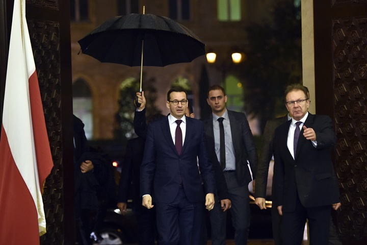 Aid for refugees on site is the most real and concrete - Polish PM
