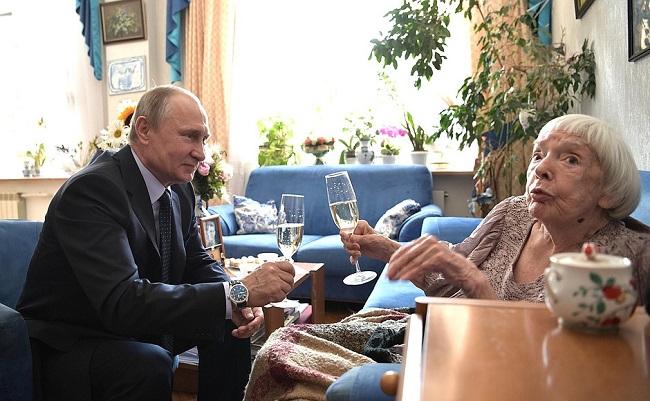 Людмила Алексеева награждена премией за достижения в правозащитной деятельности