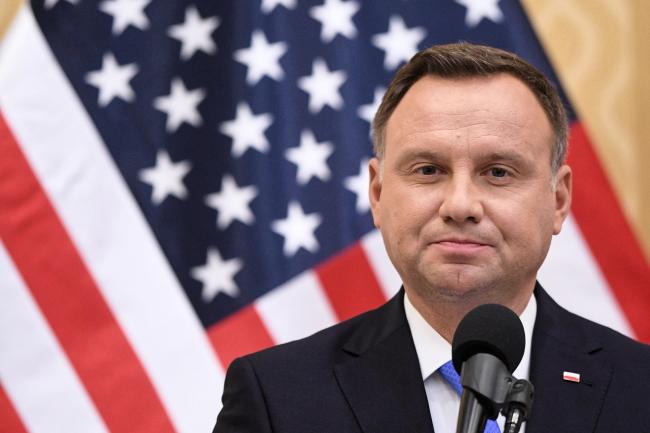 Дуда предложил Трампу создать в Польше военные базы