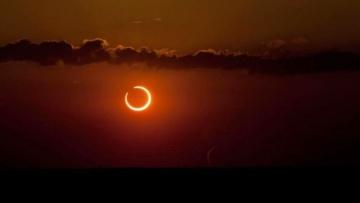 Ученые говорят: В чем уникальность предстоящего солнечного затмения