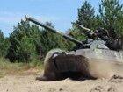 Испытания модернизированного танка Т-72АМТ: стрельба управляемой ракетой Комбат. ВИДЕО