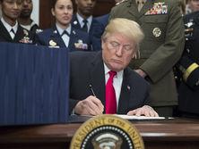 Оборонный бюджет, подписанный Трампом, предусматривает деньги для Украины