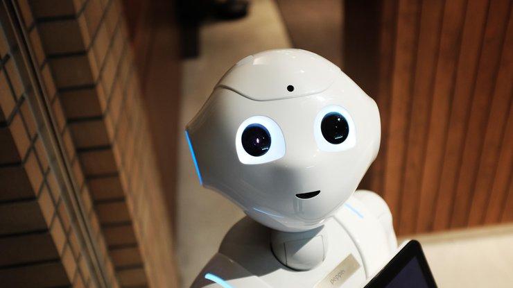 В Великобритании журналистов заменили роботами