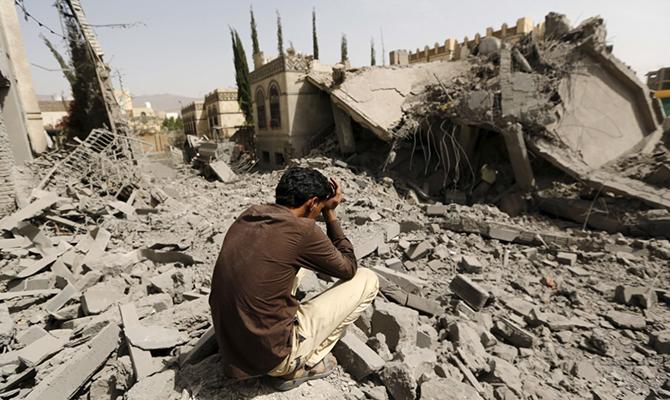 В Йемене в результате авиаудара погибли почти 40 человек