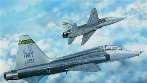 В США после неудачного маневра разбился военный самолет