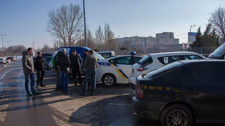 В Украине владельцы разных авто получили одинаковые номера (фото)