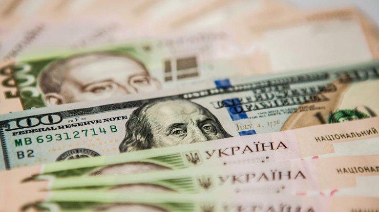 Украинская гривна стала мировым лидером