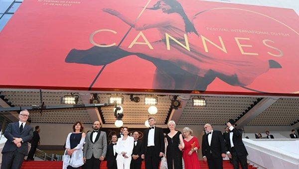 Организаторы Каннского кинофестиваля запретили селфи