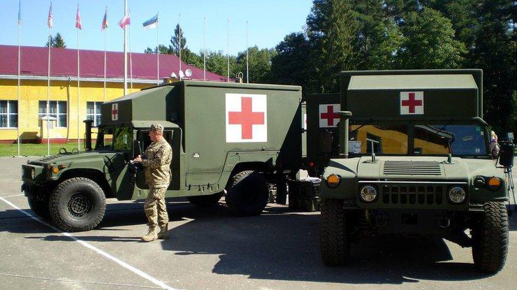 Корь в Украине: сотни военных заболели на полигоне под Львовом