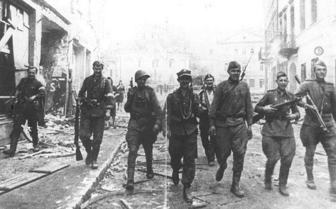Поляки в Беларуси отмечают 74-ю годовщину операции «Острая Брама»