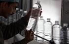 Ученые выяснили, сколько пластика в бутилированной воде