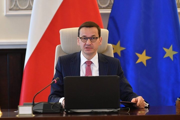 Polish PM offers special pensions to families of killed miners
