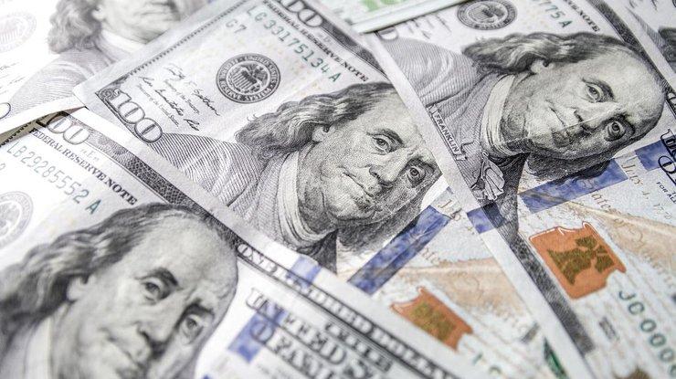 Курс доллара в Украине снова стремительно растет