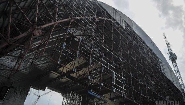 Строительство арки на ЧАЭС: всю черную работу отдали украинцам - Тетерин
