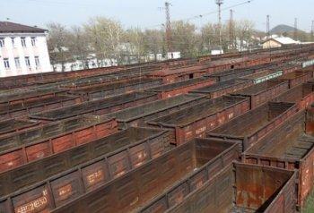 Ряд локомотивных депо продолжает итальянскую забастовку, Укрзализныця отрицает ущерб