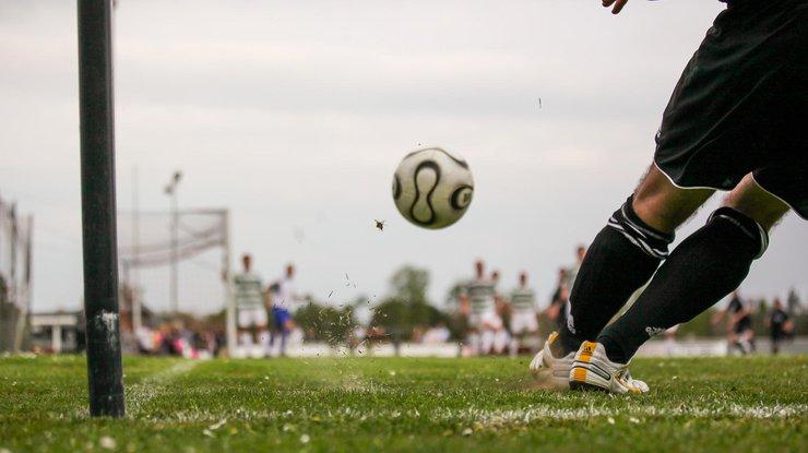 В Индонезии футболист убил коллегу прямо на поле