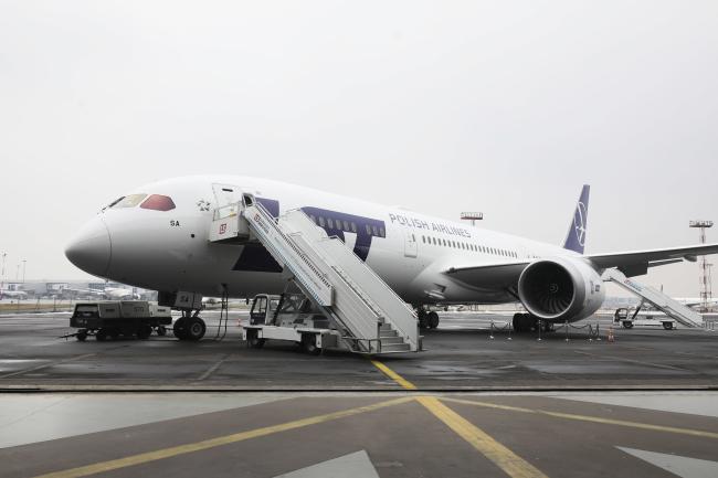 Польські авіалінії LOT мають нового дрімлайнера