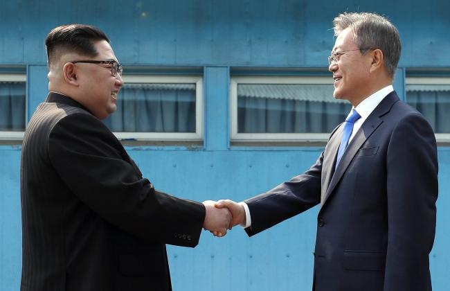 Северокорейский лидер совершил первый визит в Южную Корею за последние 65 лет