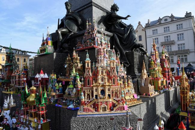 У Кракові представили учасників 76 Конкурсу краківських шопок (ФОТО)