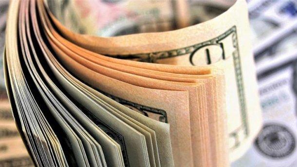 Курс валют на 21 серпня: долар і євро синхронно падають
