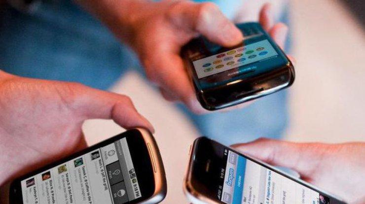 В популярных социальных сетях произошел масштабный сбой