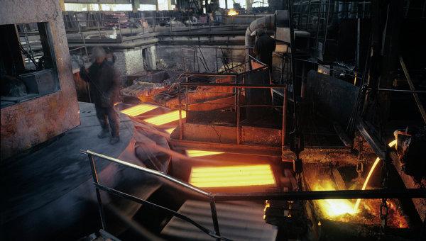 ЕС и США приступают к немедленным переговорам по стали и алюминию