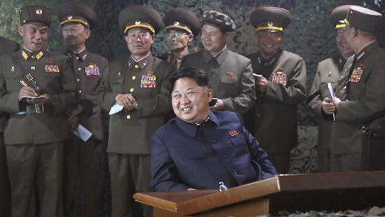Северная Корея пообещала сбивать американские самолеты