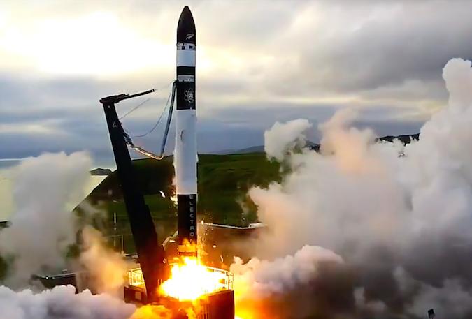 США первыми в мире запустили ракету сверхлегкого класса Electron с полезной нагрузкой
