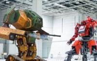 Гигантские человекоподобные роботы сошлись в первой в истории битве