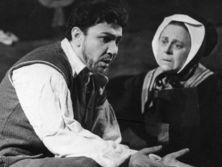 Решетников сыграл в театре 103 роли