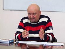 По данным журналистов, в марте прошлого года Козярчук продал почти за миллион гривен развлекательный комплекс Бриз