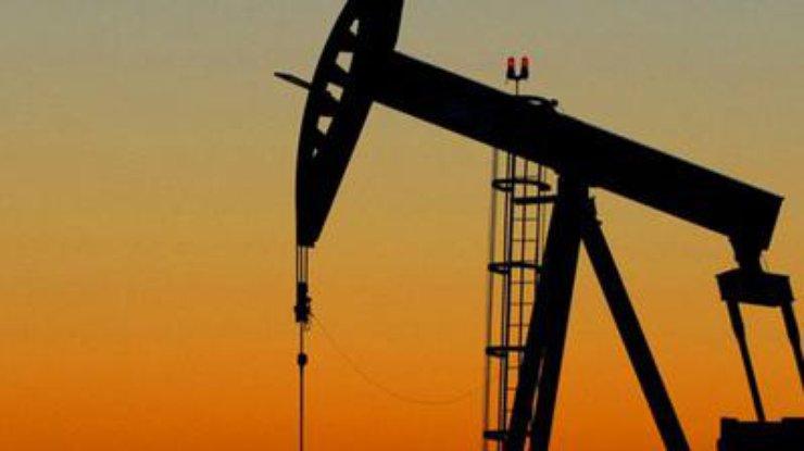 Цена на нефть стремительно падает