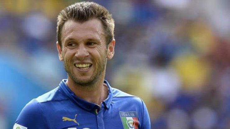 Известный футболист объявил о завершении карьеры